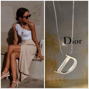 Christian Dior necklace featuring'D' logo